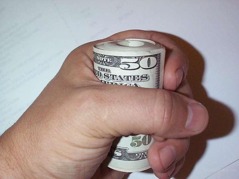 Женщина-пристав присвоила деньги должника