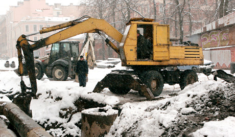 Землекопы устроили аварию на газопроводе в Краснинском районе