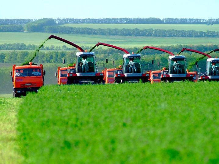 Смоленские фермеры вступят в ВТО с новой техникой