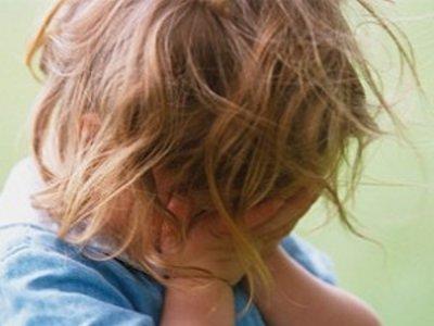В Печерске попал в реанимацию ребенок, оставленный под присмотром подруги отца