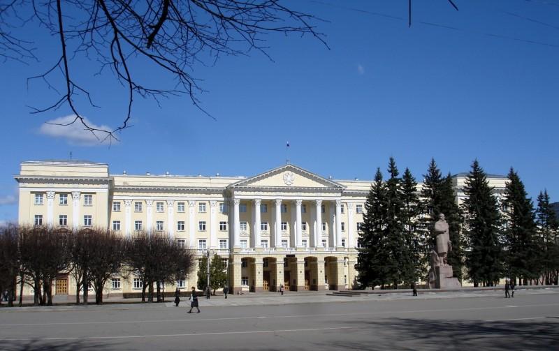 Площадь Ленина в Смоленске замостят брусчаткой