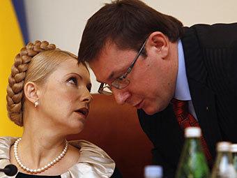 Луценко и Тимошенко объединили свои партии