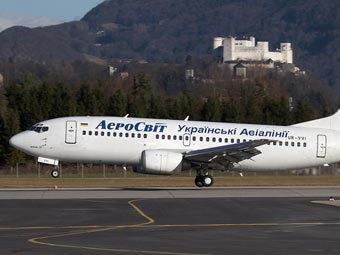 В пассажирский самолет при подлете к Внуково попала молния