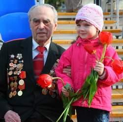 Смоленские ветераны Великой Отечественной войны могут остаться без продовольственных подарков и «боевых 100 грамм» на День Победы