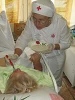 Сестры милосердия Смоленской епархии спасли беспомощного человека