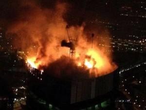 В интернет попала перебранка спасателей с диспетчером во время тушения «Москва-сити»