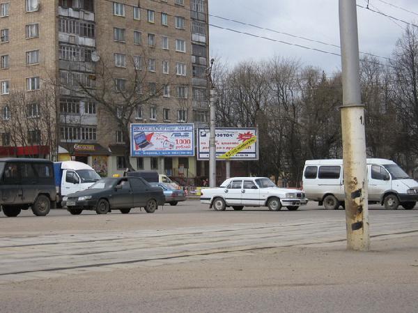 В центре Смоленска столкнулись семь машин