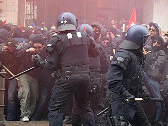 Акция против капитализма во Франкфурте закончилась погромами