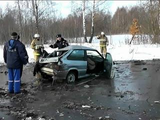 В Смоленской области перевернулся автомобиль, 4 человека пострадали