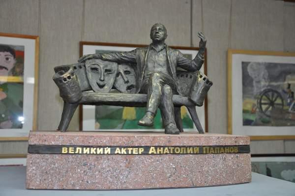 В Смоленской области выбрали проект памятника Анатолию Папанову