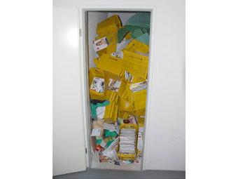 У сотрудника немецкой почты дома нашли 38 тысяч посылок и писем