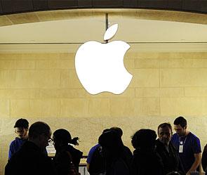 Siri от Apple заподозрили в краже секретов