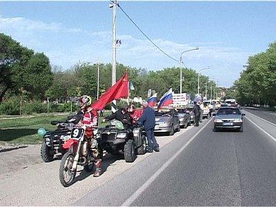 Прибывшие в Смоленск участники автопробега запишут воспоминания ветеранов