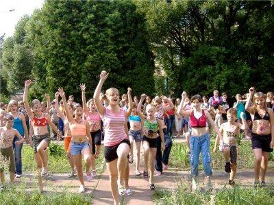 Сорок процентов смоленских школьников отправятся в летние лагеря