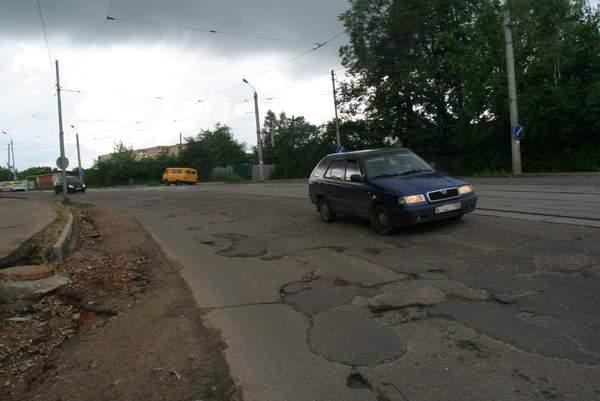 Реконструкция улицы Дзержинского в Смоленске переносится на неопределенный срок