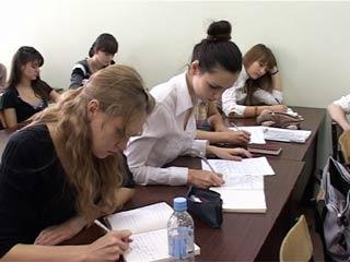 Смоленским студентам увеличат стипендии