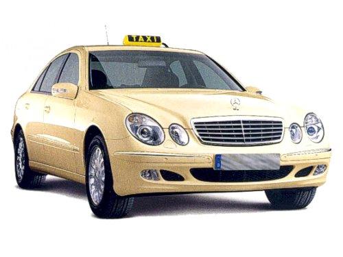 Смоленского таксиста обокрали ночные гуляки