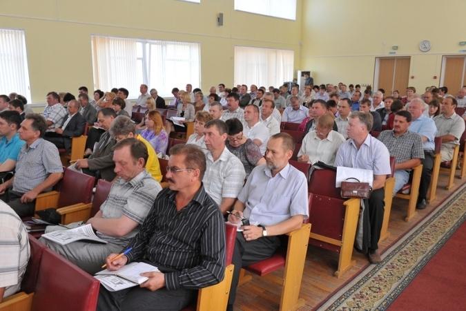 Александр Захарцов «пожурил» управляющие компании Смоленской области за недостаточную открытость