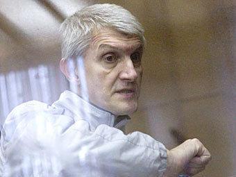 Адвокаты обжаловали решение о сокращении срока Платону Лебедеву