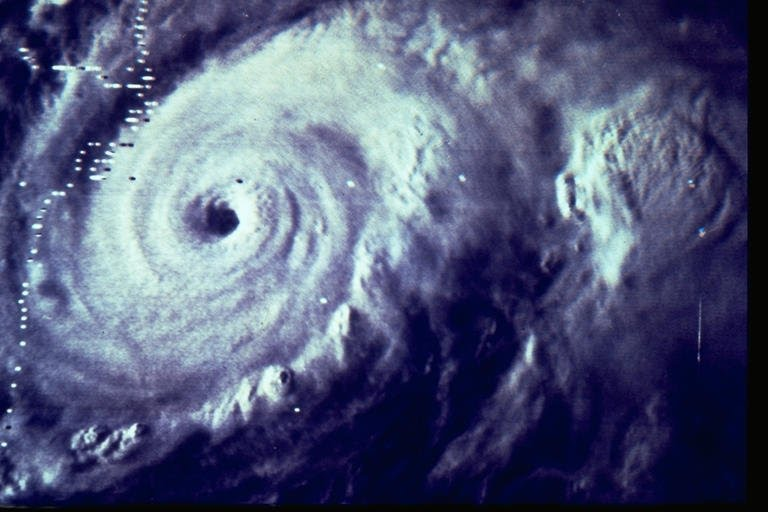 На Смоленскую область обрушится циклон