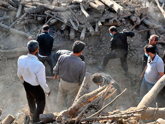 США ослабили иранские санкции из-за землетрясения
