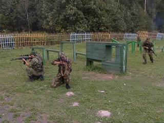 В центре «Ласточка» 200 юных смолян смогли пройти спортивную и военную подготовку