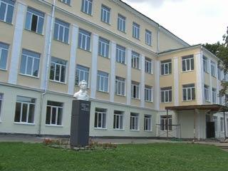 Камера видеонаблюдения помогла раскрыть кражу в школе Смоленска