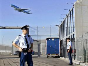 Истребители F-16 сопроводили испанский самолет в аэропорт Амстердама