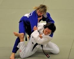 В XIV Паралимпийских летних играх 2012 года в Лондоне примет участие смолянка Алеся Степанюк