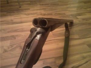 В Смоленской области пьяный мужчина пошел на полицейских с ружьем