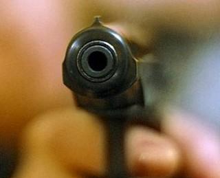 Человека застрелили у входа в кафе