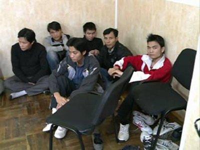 Смоленские пограничники освободили вьетнамцев, обращенных в рабство