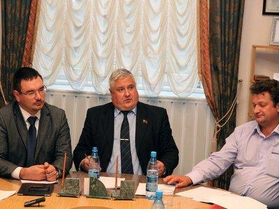 Депутаты разошлись во мнениях о выделении 40 миллионов на спецтехнику
