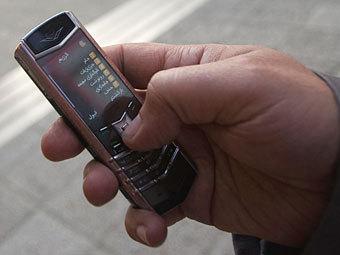 В Иране начали блокировать SMS со словом «доллар»