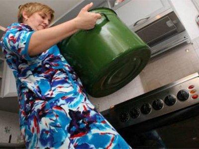 «Квадра» впервые отключила горячую воду в отдельной квартире за долги