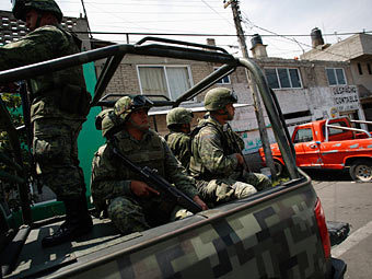 В пригород Мехико Несауалькойотль ввели войска