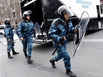 Армения отозвала своих полицейских из Будапешта