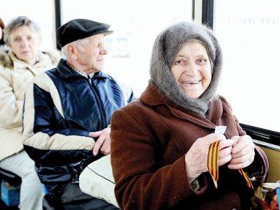 Для ветеранов установили бесплатный проезд в городском транспорте
