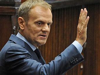 Польский премьер попросил прощения у родных погибших под Смоленском
