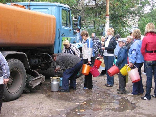 Жителей трёх улиц в Смоленске оставят без холодной воды
