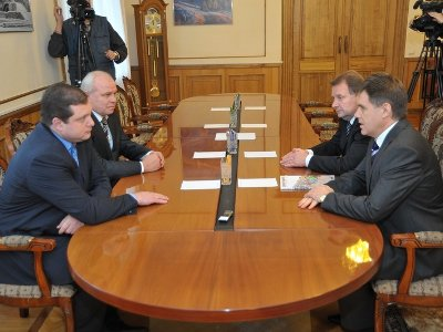 Новый посол Беларуси встретился с «креативным и перспективным» Островским