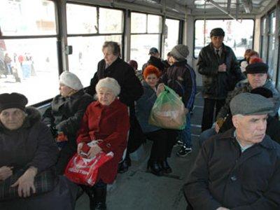 Бывшие узники концлагерей могут ездить в общественном транспорте бесплатно