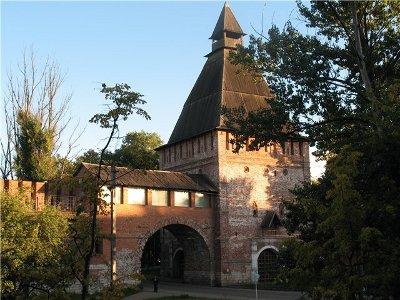 В Никольскую башню вселится музей «Смоленский лен»