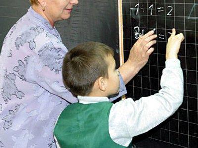 Попытка колхоза выселить учительницу на улицу не удалась