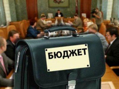 Городская казна 2013 года похудеет более чем на 400 миллионов рублей