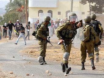 Израильские солдаты застрелили палестинца с топором