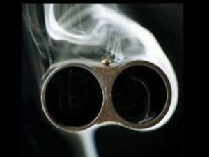 Смолянин застрелил из обреза собравшуюся уйти от него жену
