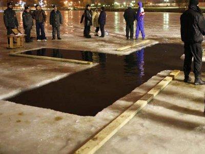 На Крещение семь сотен стражей порядка будут охранять храмы и иордани