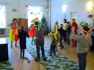 Смоленские волонтеры помогают детям из социальных учреждений
