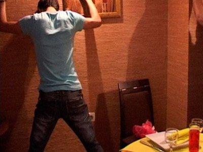 Водителя, сбежавшего после наезда на ребенка, повязали в ресторане